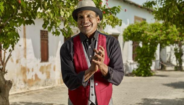 'La Tumbadora', el instrumento con el que Farid Ortiz incursionó en la música