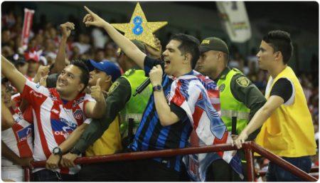 Peter Manjarres Cantando En El Estadio Metropolitado Barranquilla